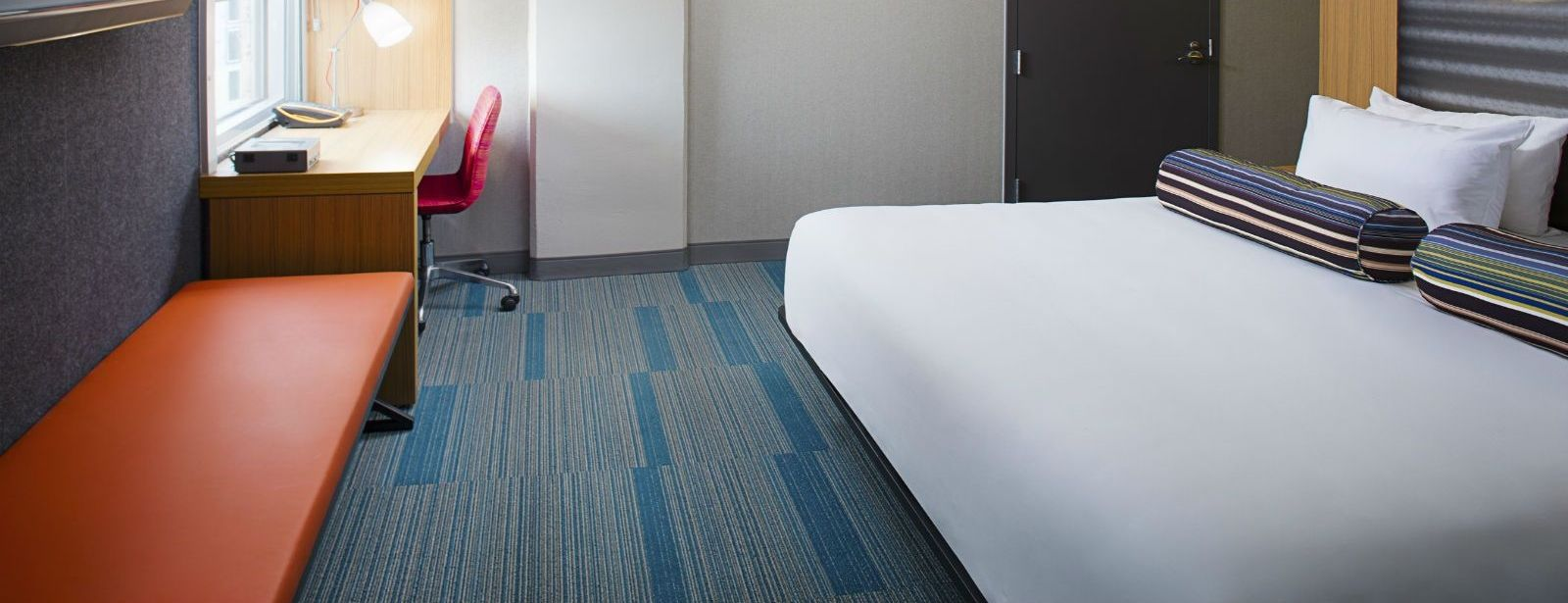 Charlotte Accommodations - Aloft Room